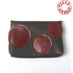Porte-carte ou porte-monnaie en cuir kaki, cercles bordeaux