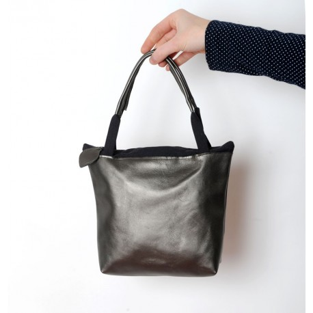 Small zippered bag in bronze finish leather and black cotton
