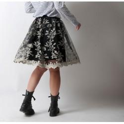 Jupe cloche à plis, tulle noir broderie dentelle blanche, boutique en ligne de vetement originaux