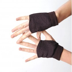 Womens plum purple fingerless gauntlets