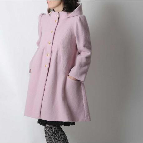Manteau hiver artisanal long trapèze, laine rose poudré, capuche ronde fait main en france