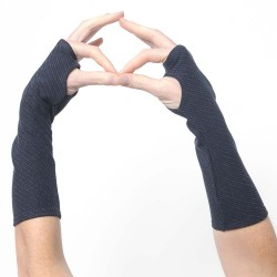 Long navy blue jersey armwarmers with diagonal stripes