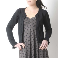 Short black open cardigan, jersey and lace ruffles