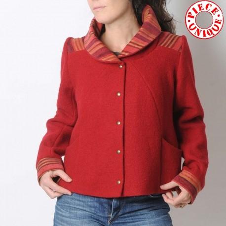 Blouson original de créateur laine rouge femme court original, Made in France
