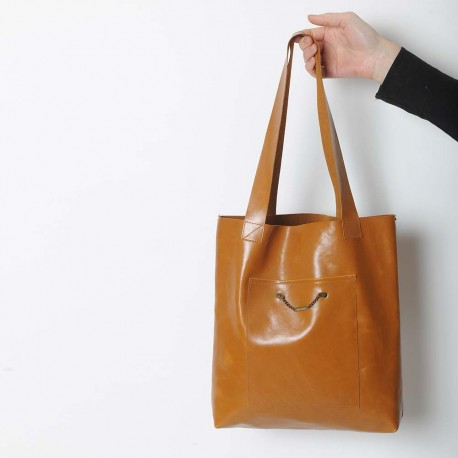 Dark orange leather shopping tote bag, with two pockets
