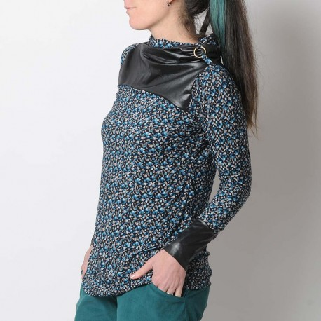 Long printed top with turtle neck collar, blue and black