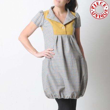 idée cadeau pour femme Robe boule made in France créateur français grise et jaune, lainage vintage à carreaux, manches courtes