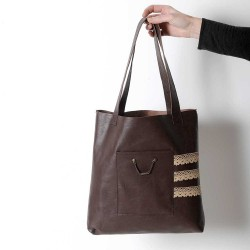 Brown leather shopping tote bag, with lace details and two pockets