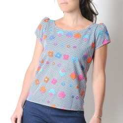 Short sleeved womens top, colorful vintage jersey