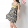 Summer sleeveless dress, floral prints, with pointy collar at back