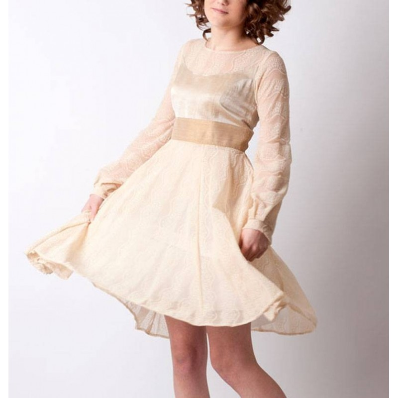 robe maille dentelle beige manches longues et