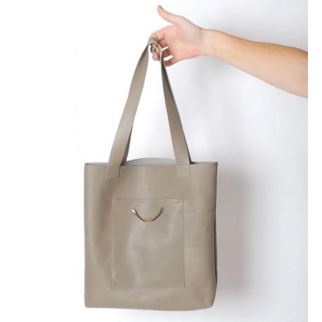 Sac shopping cabas artisanal en cuir beige taupe, deux poches