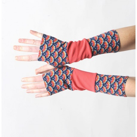 Long armwarmers in a patchwork of coral red jersey and floral pattern