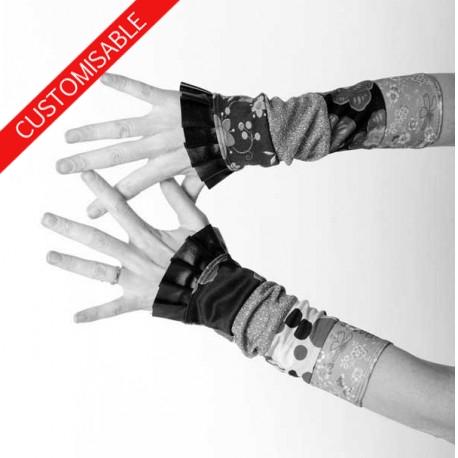 Long stretchy cuffs with ruffled hem - CUSTOM HANDMADE